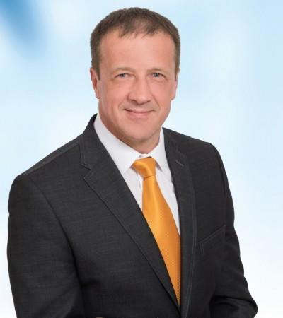 Dr. Tiba István